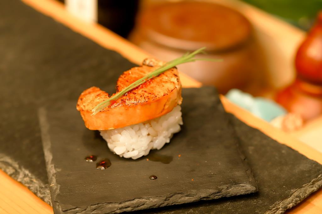 甲府 福寿司1