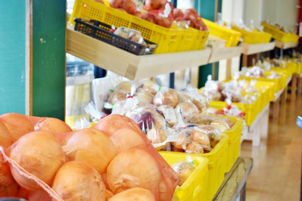四季新鮮収穫広場「た・から」農産物直売所 4