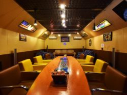 American Diner OLD HANGAR 昭和町 グルメ 4