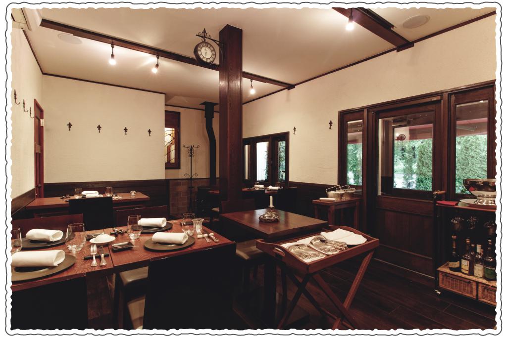 ミウラ料理店のおすすめ二人席