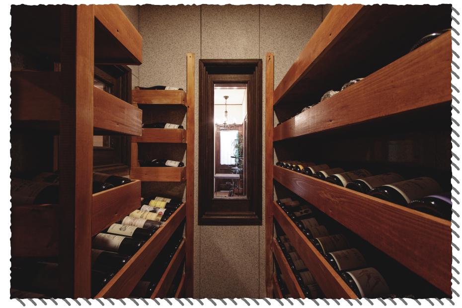 ミウラ料理店のワインセラー
