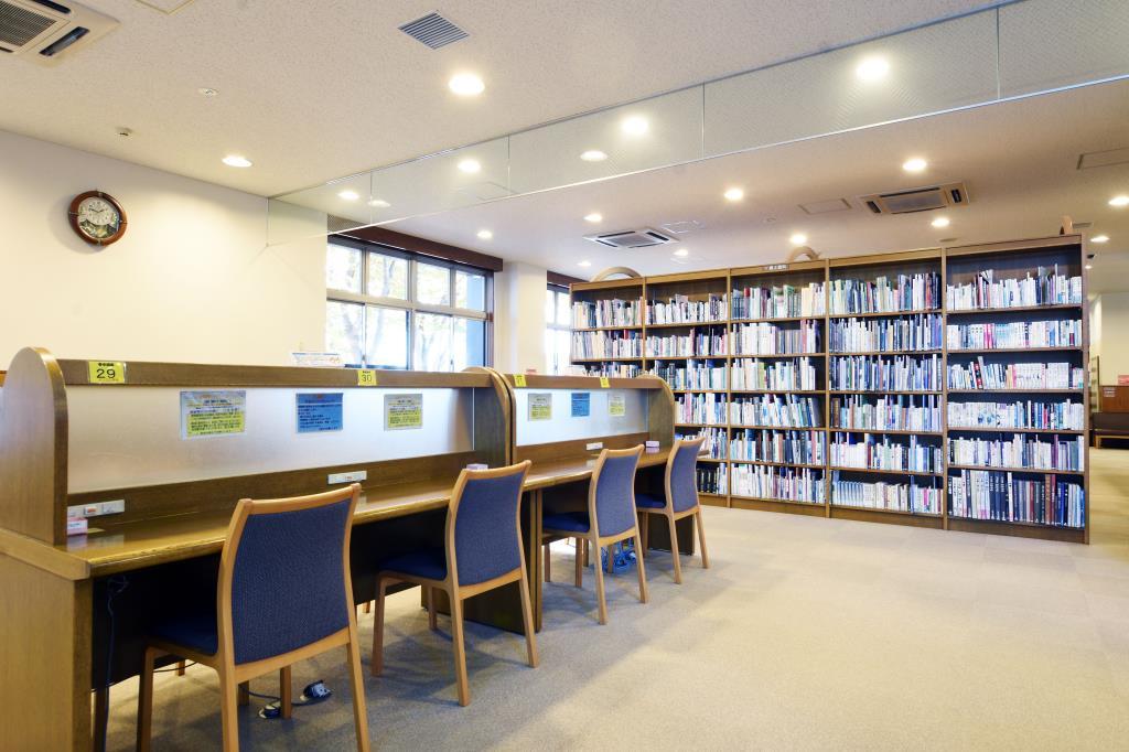 甲斐市立敷島図書館 甲斐市 図書館 5