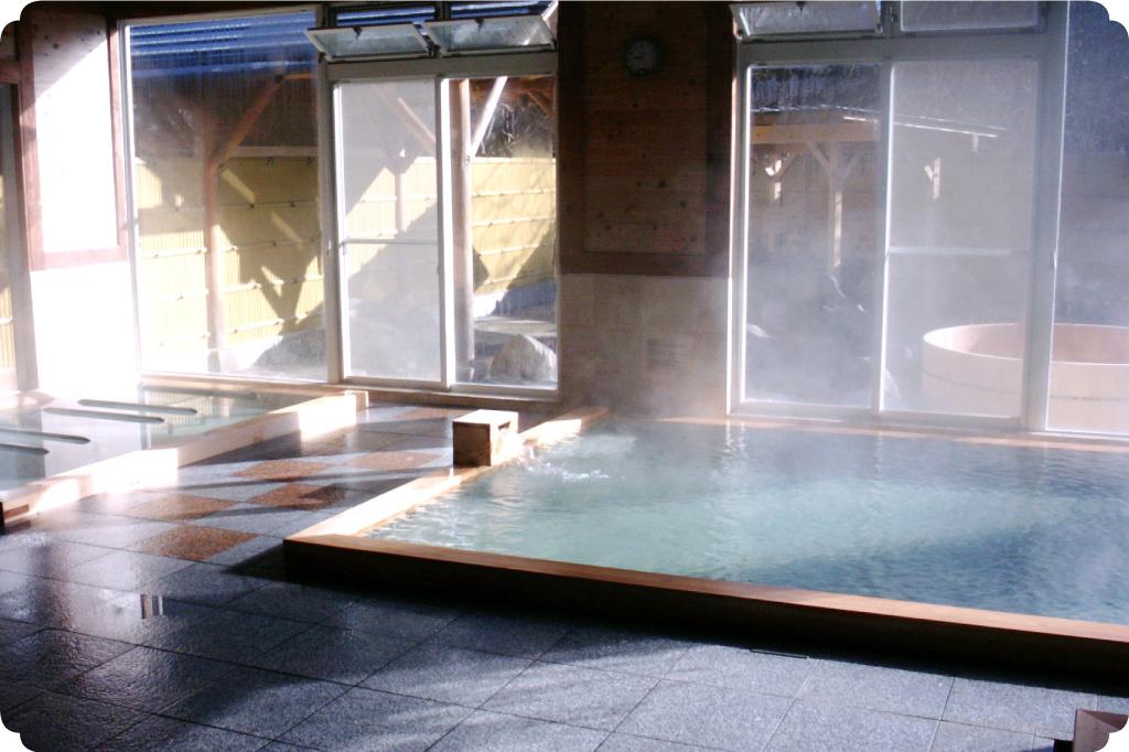 多摩源流温泉小菅の湯のサムネイル