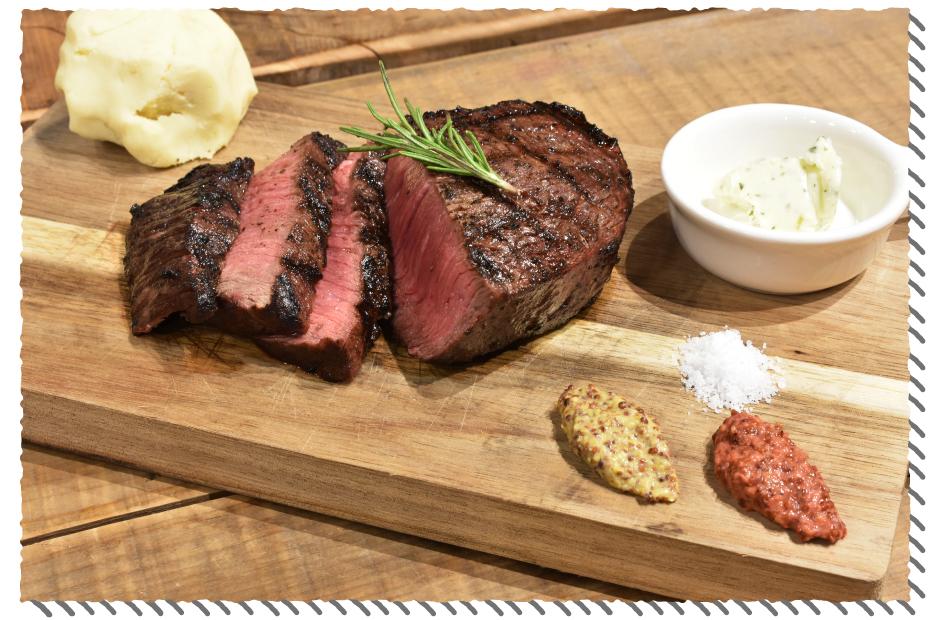 ウッドシェッドのグリル肉