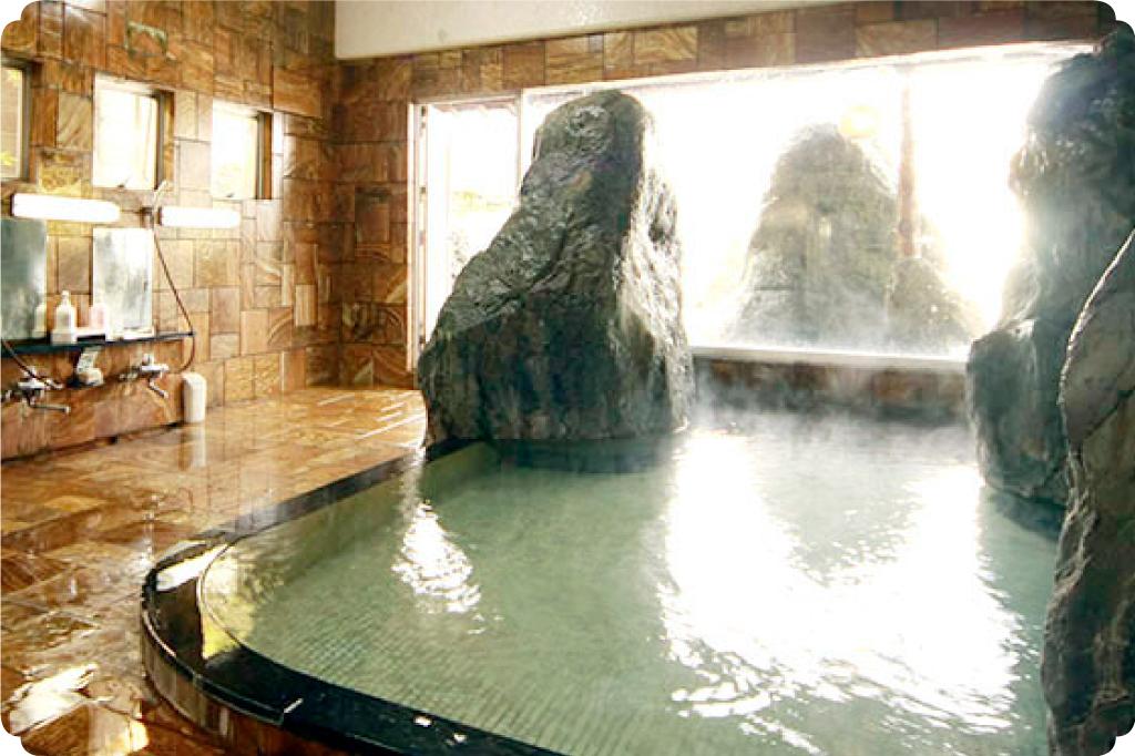 石水庭旅館笛吹川のサムネイル