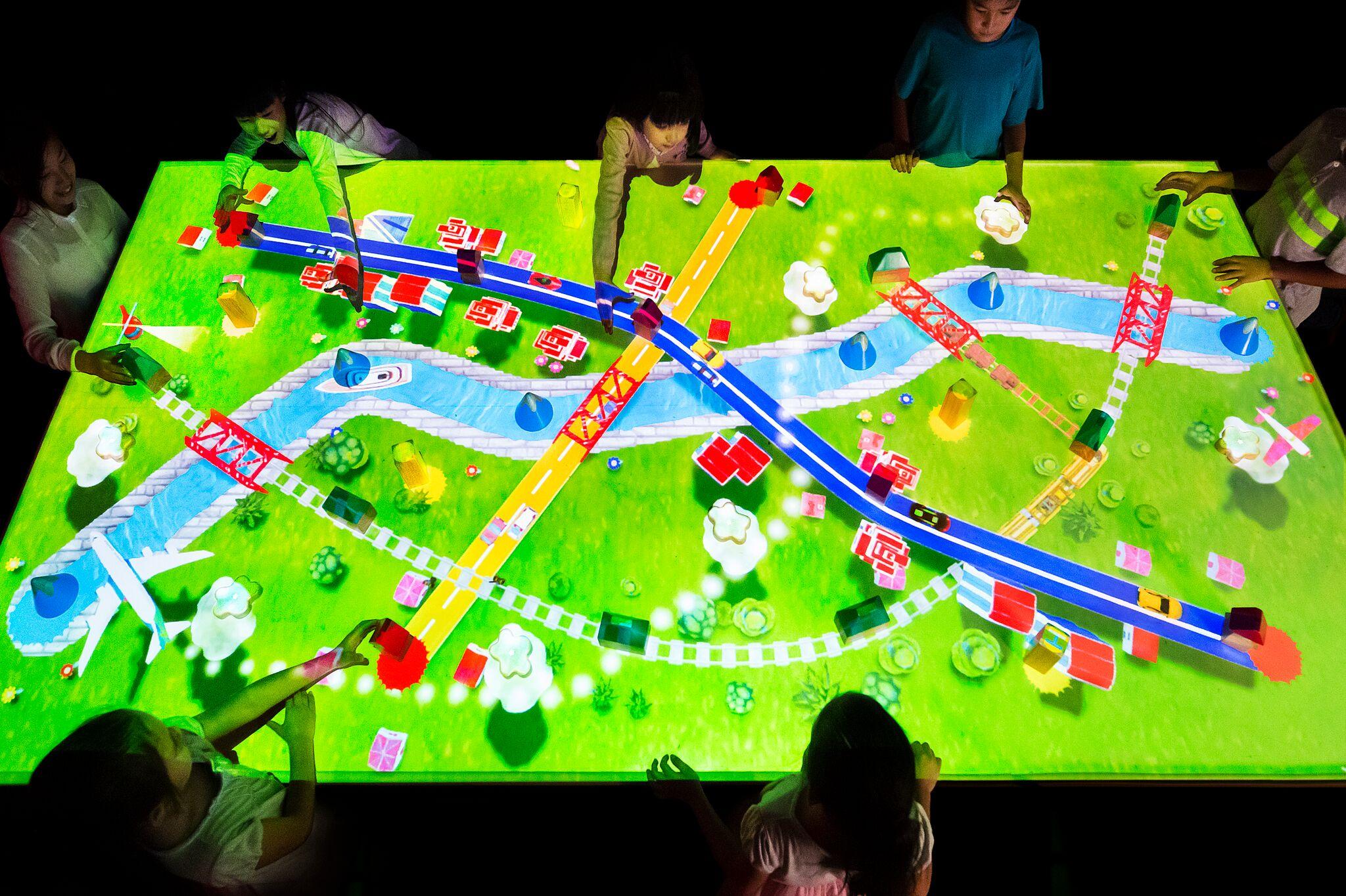 チームラボ 学ぶ!未来の遊園地 甲府市 イベント 4