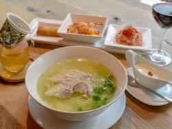 異彩中国菜館 湖宮