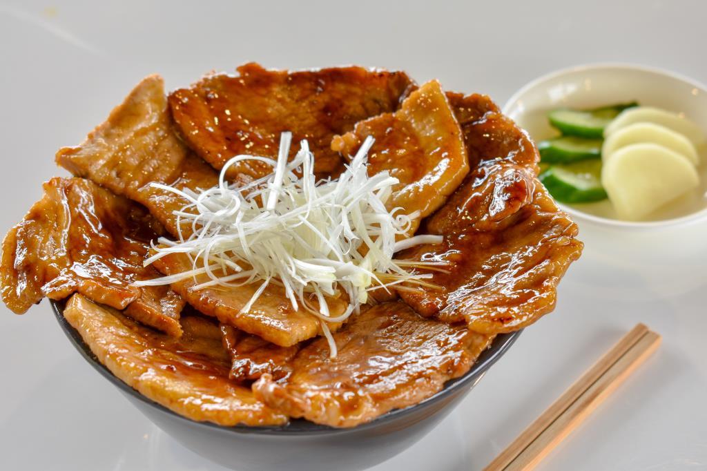 豚丼 禅 山中湖村 グルメ 和食 1