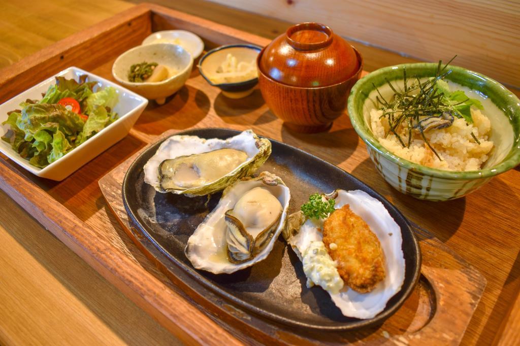 コジシタ八ヶ岳 北杜市 グルメ 洋食 2