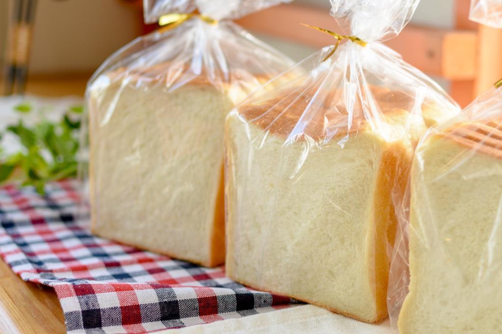 バス通りのパン屋さん なごみ 甲斐市 パン 1