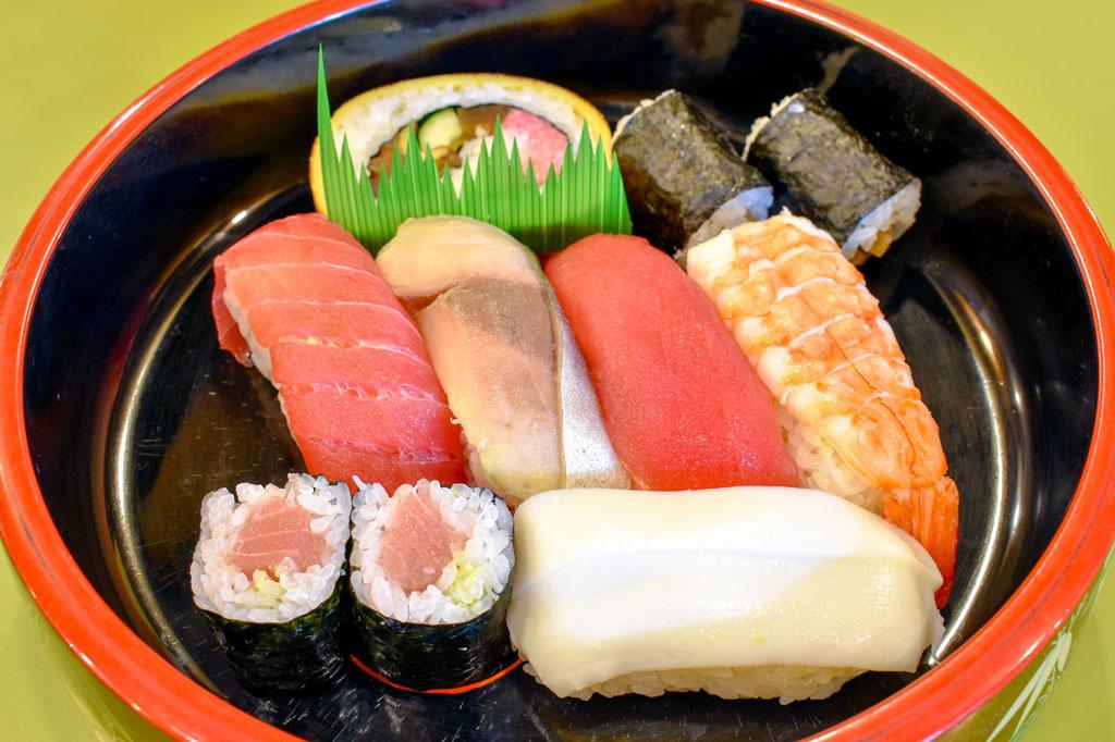 魚そう 本店 甲府市 グルメ 寿司 1