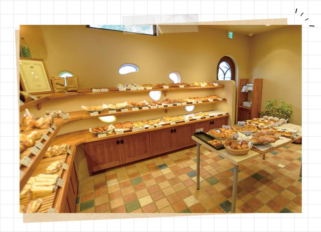 Bakery&Cafe ESOLAの店内