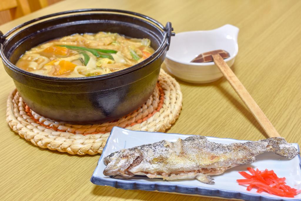 御食事処 はんのき食堂 忍野村 グルメ 郷土料理 1