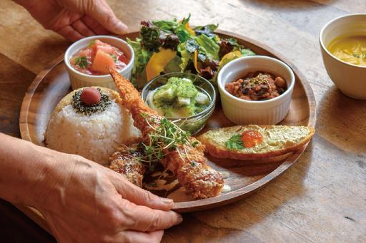 農カフェ hakariのhakariプレート