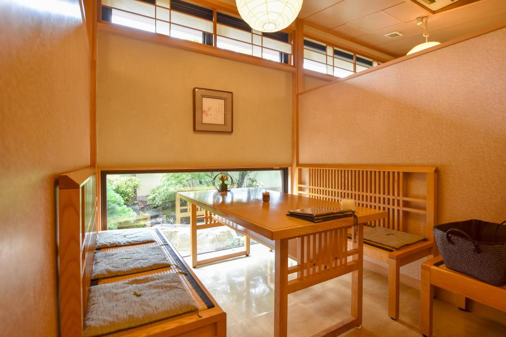寿司・割烹 いづ屋 山梨市 グルメ 和食 3