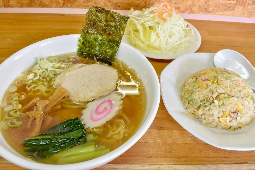 ユタカ昭和店 昭和町 和食 2