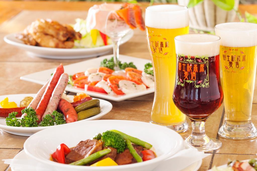 地ビール レストランシルバンズ 富士河口湖町 洋食 1