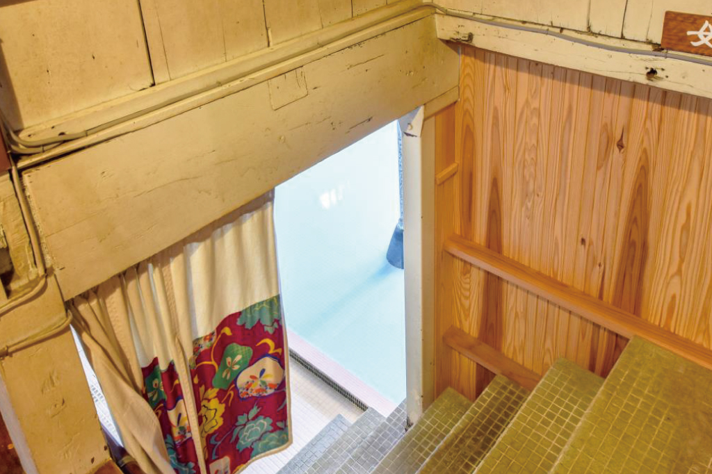 岩下温泉旅館の霊泉入り口