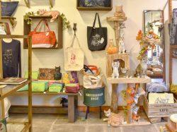 猫グッズ専門店 ル・シャ・デ・ボワ 北杜市 ファッション 4