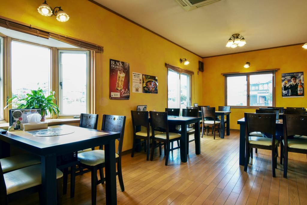 韓国料理 ジャーメのテーブル席