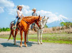 ウエスタン乗馬クラブ パディーフィールド 鳴沢村 レジャー アウトドア 2