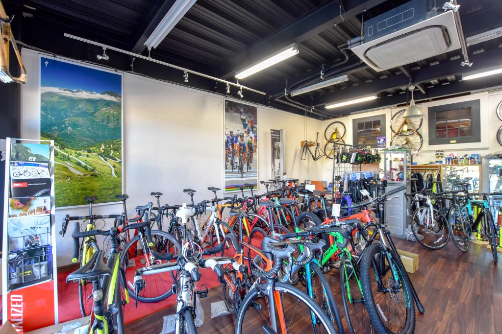 Bicycle shop Splash 笛吹市 スポーツ 2