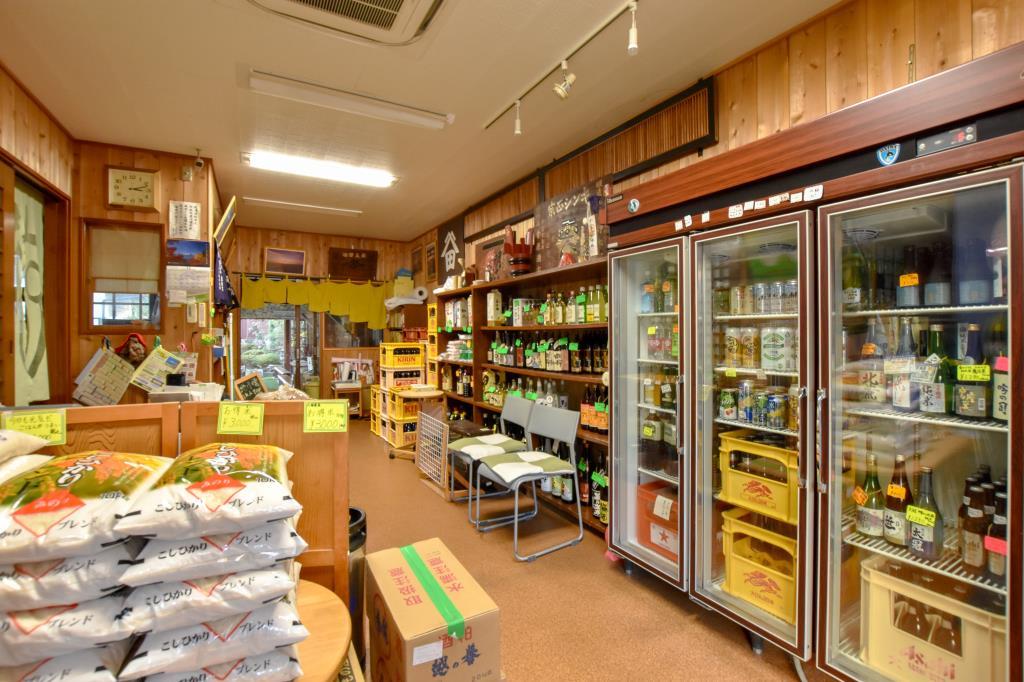 大津屋酒 富士吉田市 ショップ 2