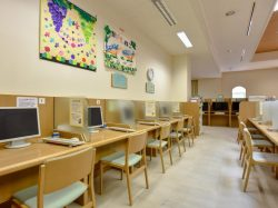 中央市立玉穂生涯学習館 中央市 図書館 多目的 ホール 3