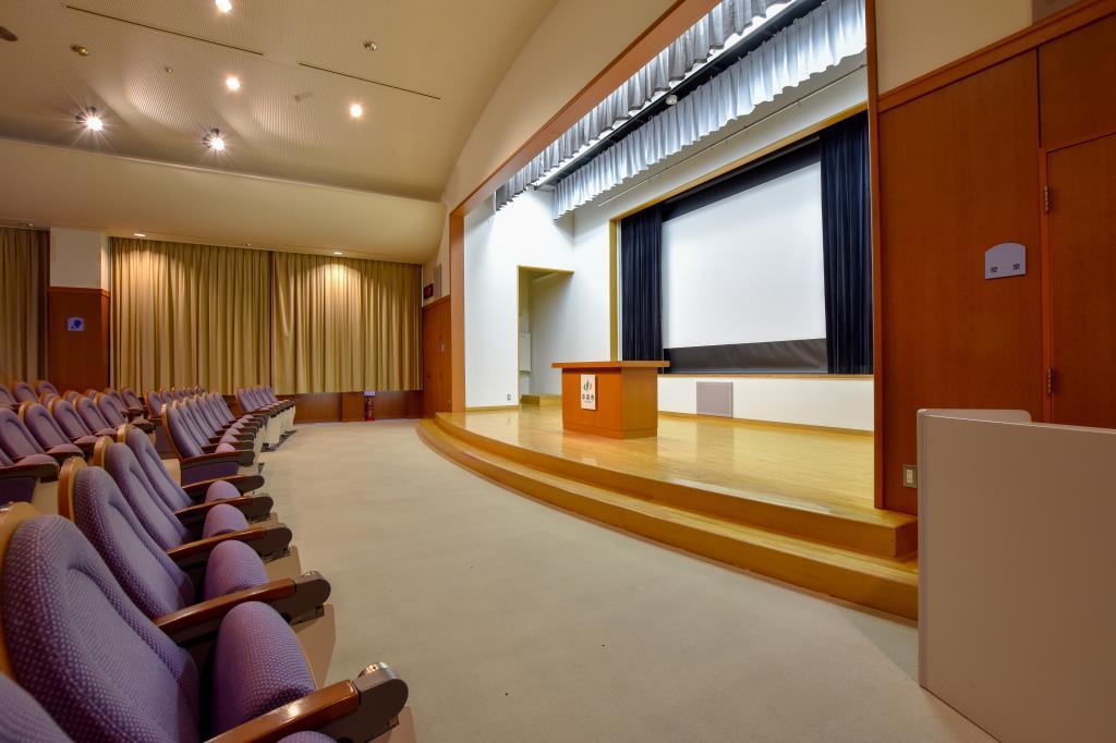 中央市立玉穂生涯学習館 中央市 図書館 多目的 ホール 4