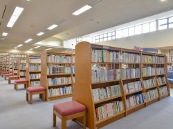 中央市立田富図書館 中央市 遊ぶ学ぶ 2
