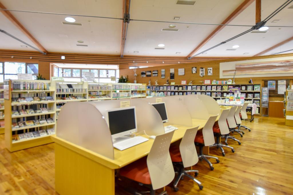 富士河口湖町 生涯学習館 富士河口湖 文化施設 4