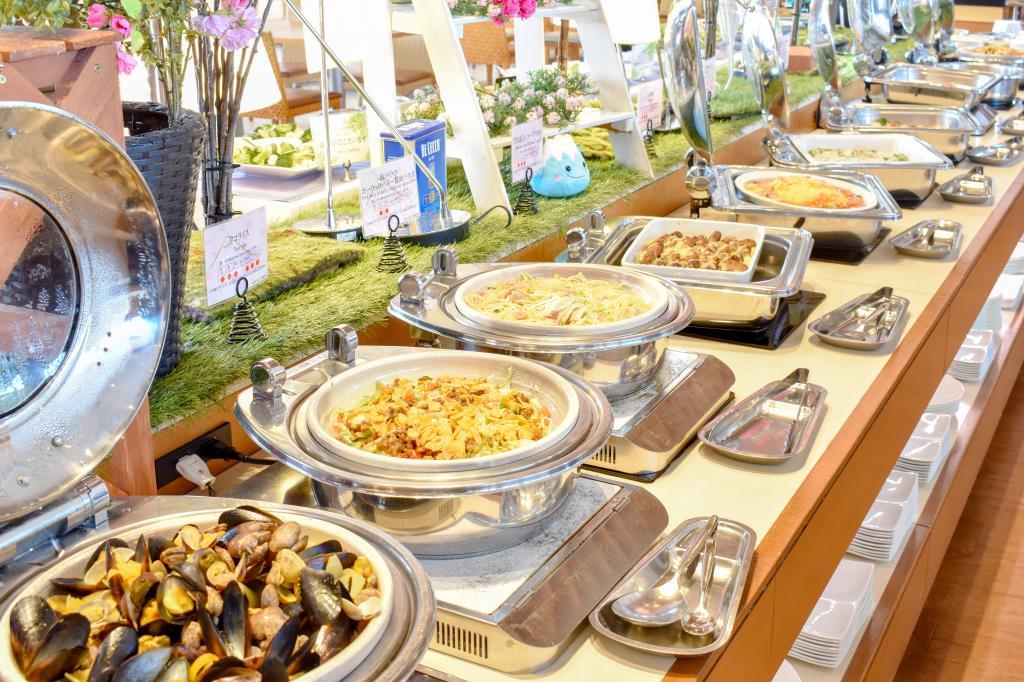 ハイランドリゾート ホテル&スパ内 リゾートダイニング フジヤマテラス 富士 吉田市 洋食 バイキング ビュッフェ 1