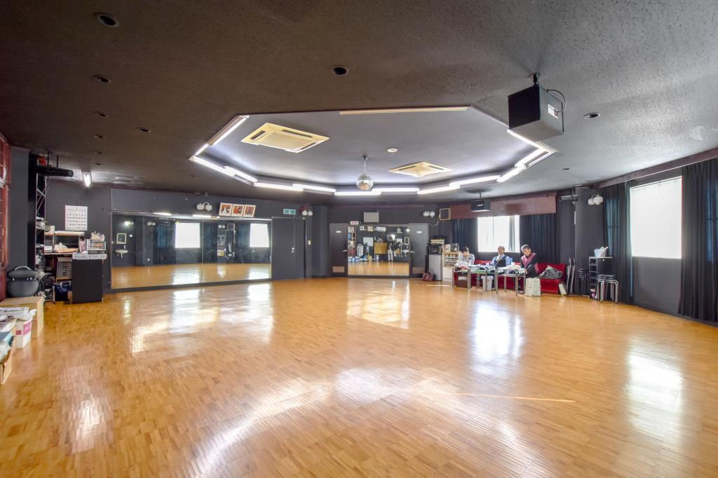 シミズカズオ ダンススクール 甲斐市 ダンス 3