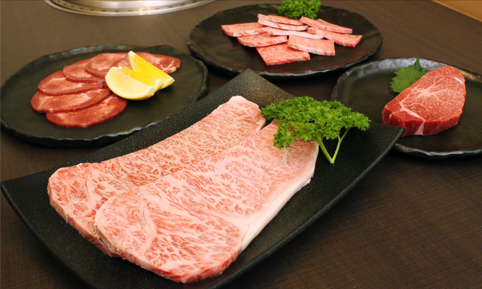 お肉料理 佐渡屋の料理写真
