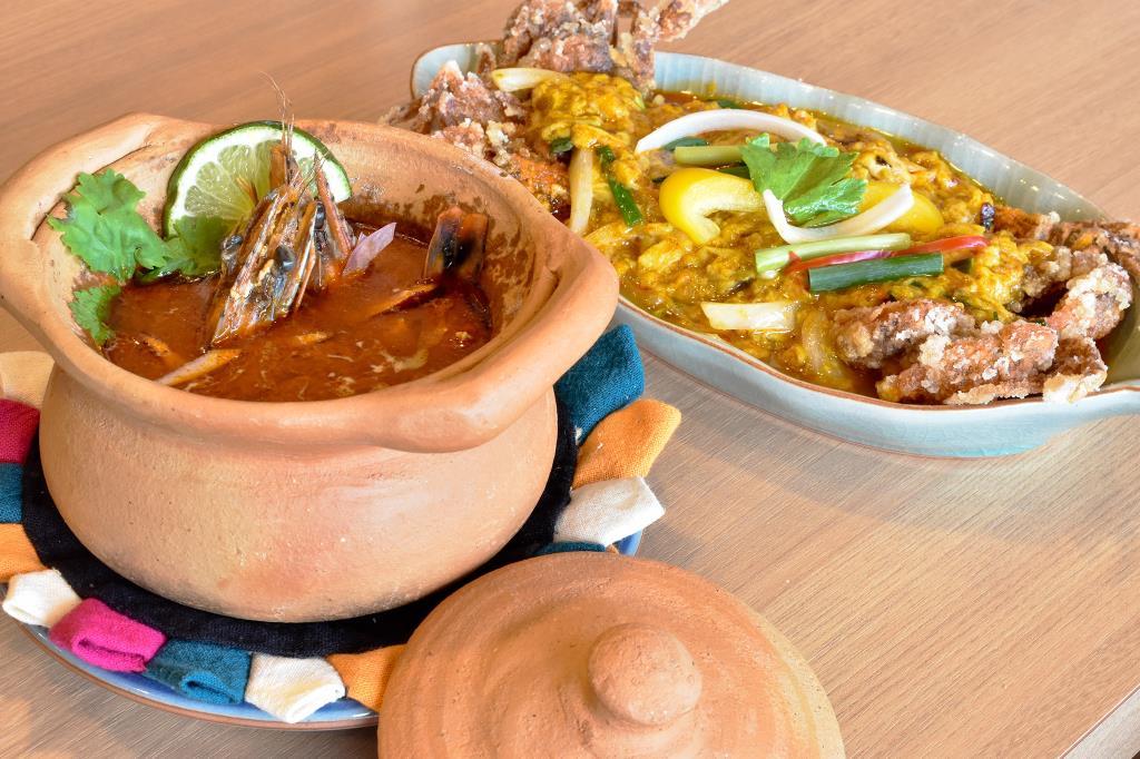 トンロー 甲府市 各国料理 タイ料理 2
