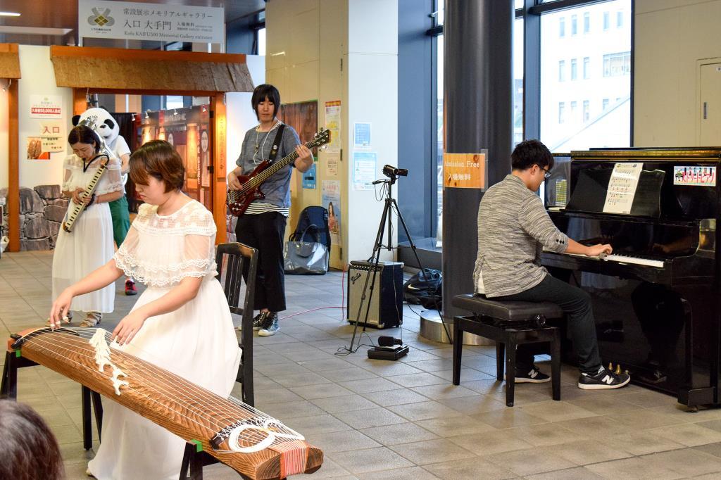 山梨ストリートピアノ