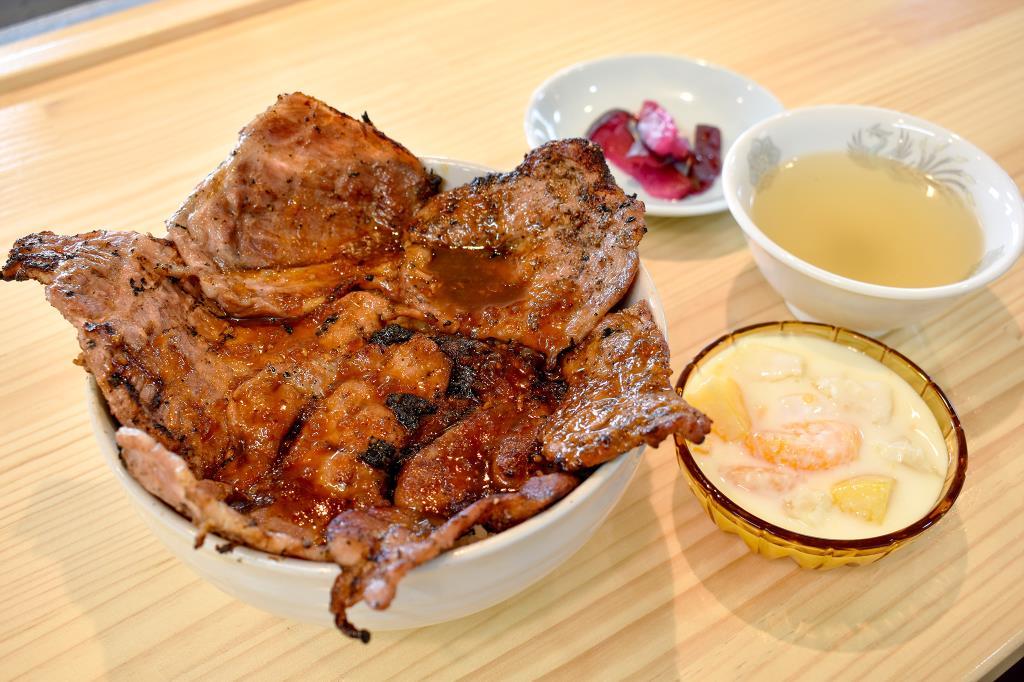 ぶた丼 勝 和食 2