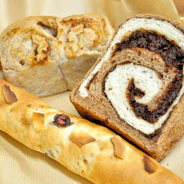 山のパン屋 桑の実