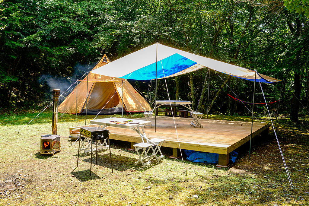 アカ イケ キャンプ