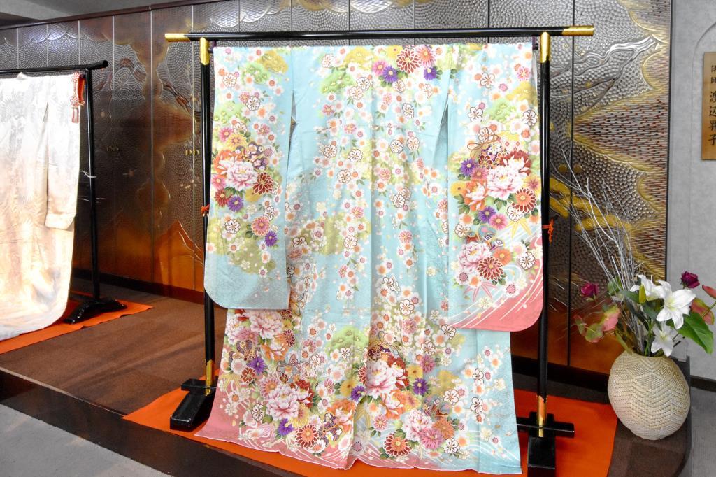ブライダルフォーラムMARUKAN 富士吉田 ファッション