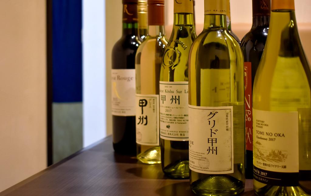 佐渡屋の県産ワイン写真