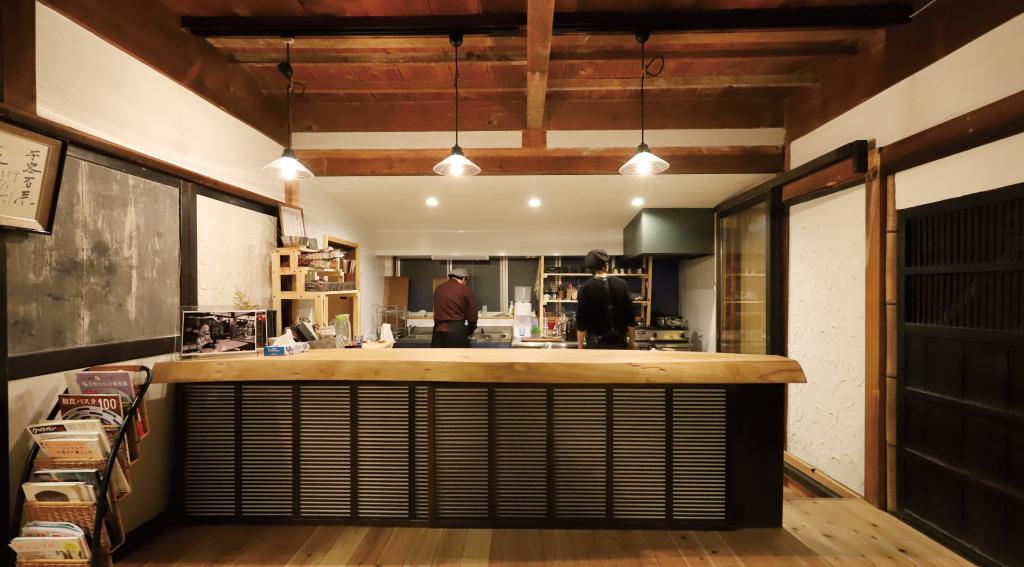おととわ古民家カフェの内装4
