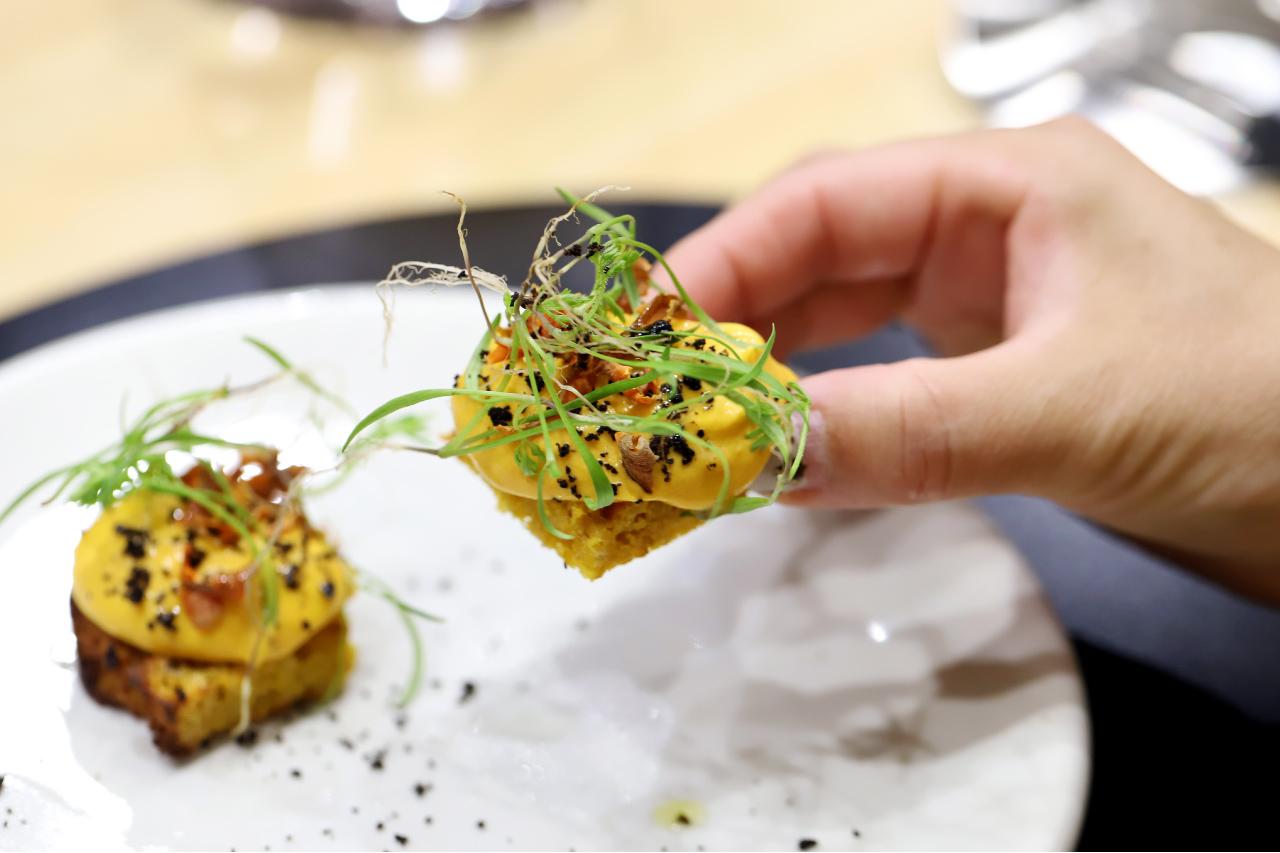 翠川のカウンターと料理
