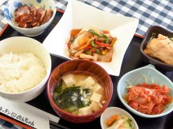 旬菜キッチンのんちゃん 甲斐市 和食・洋食・居酒屋・スイーツ