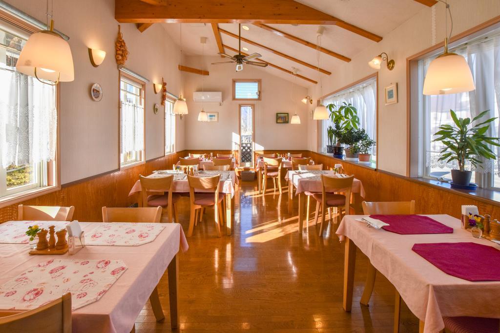 レストラン ルッコラ 河口湖町 洋食・フレンチ