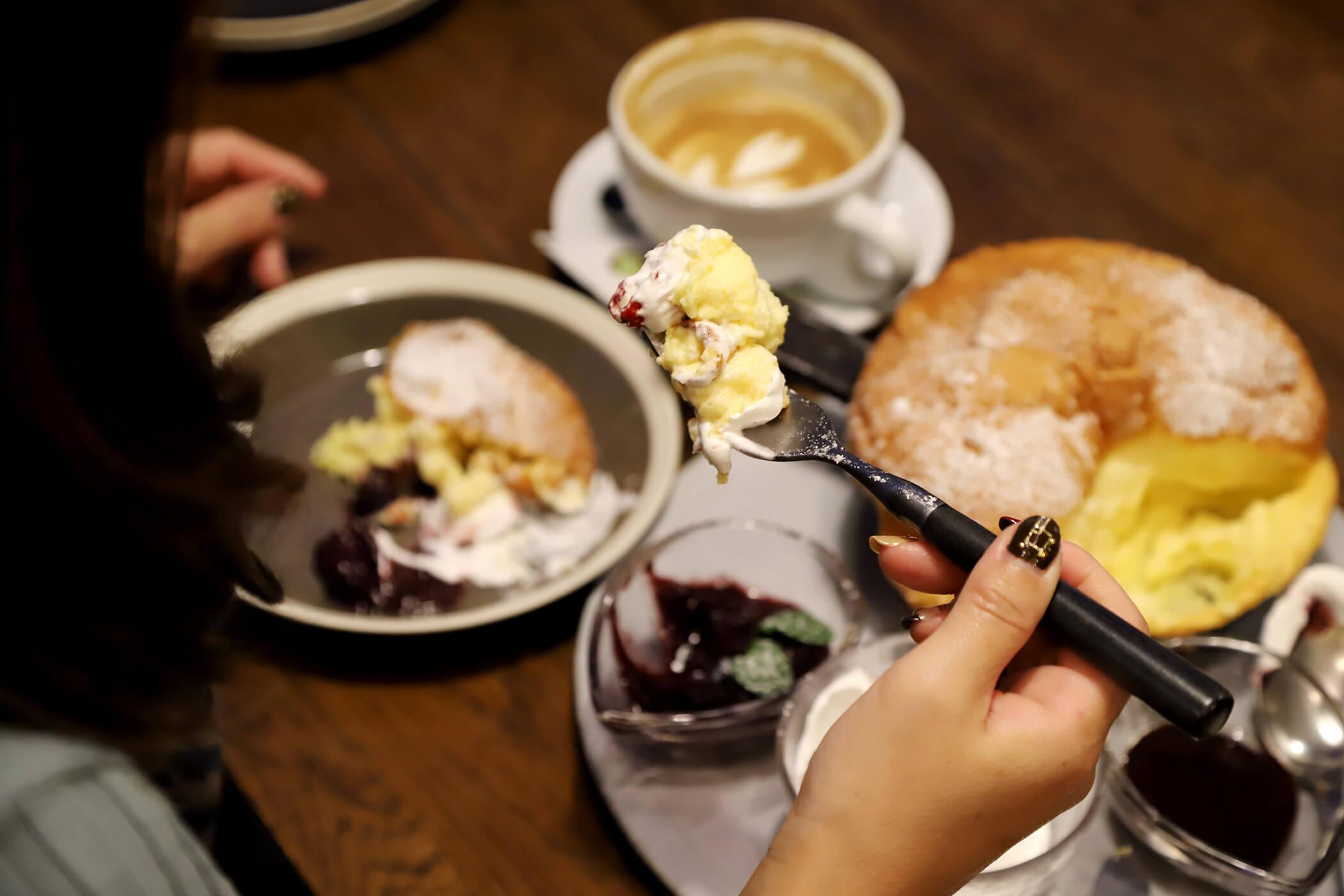 CAFE&WINE TROLL 写真12