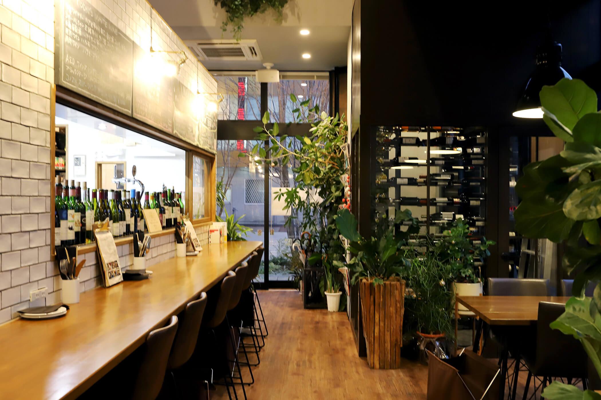 CAFE&WINE TROLL 写真6
