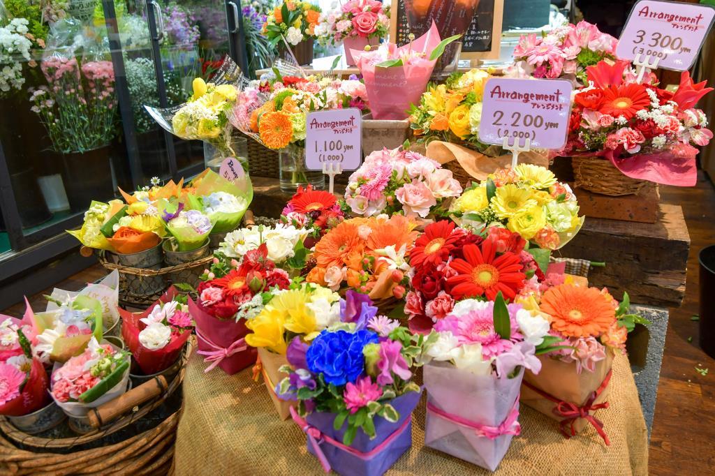 フラワーステーションまるい 甲府 花屋1