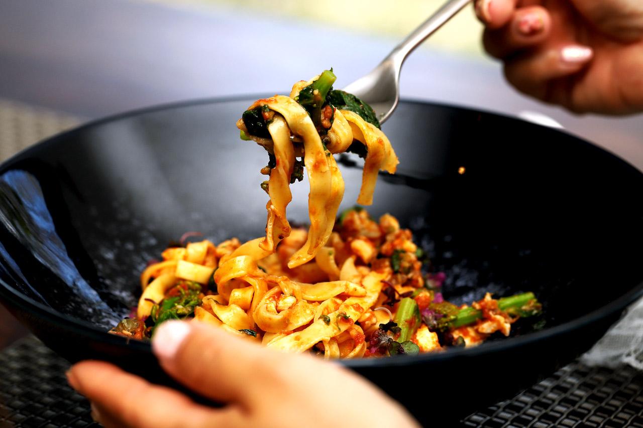 タリオリーニの平打ち麺