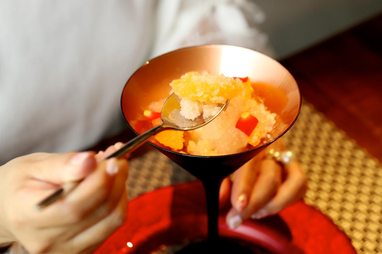 瀬戸内レモンのソルベとピンクグレープフルーツのかき氷